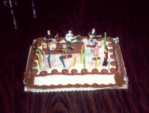 HOU03 Kens 14th other cake